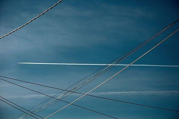 ciel_avion_et_cable