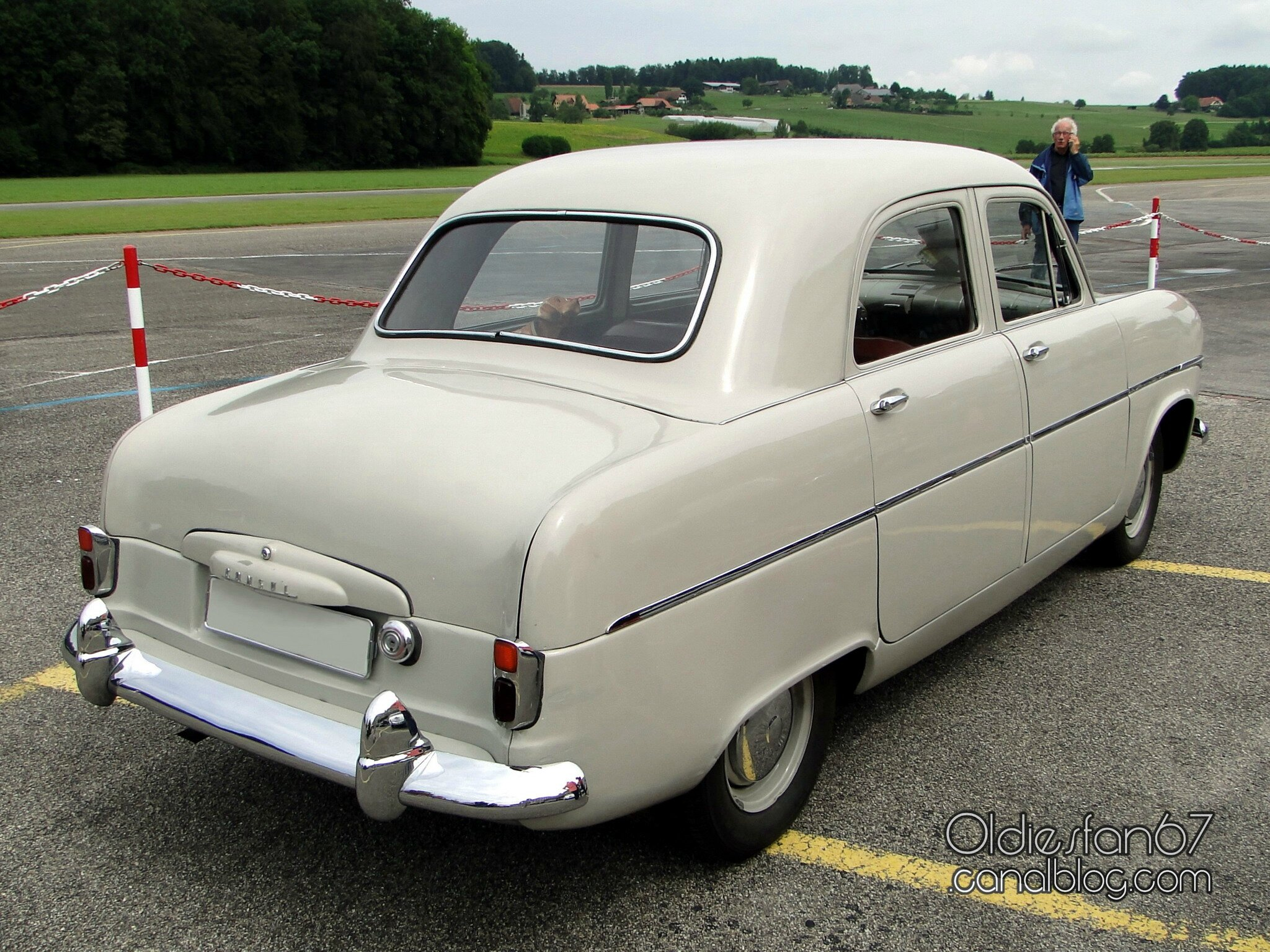 ford consul mk1 saloon 1951 1956 oldiesfan67 mon blog auto. Black Bedroom Furniture Sets. Home Design Ideas
