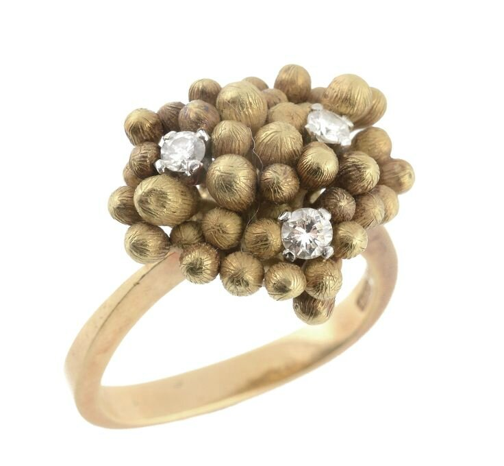 An 18 carat gold diamond ring by Andrew Grima