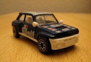 Renault 5 turbo Elf n° 18 01 -Corgi-