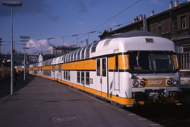 1977_VB2Nparis-nord_manara