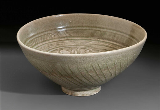 A_celadon_carved_bowl__China__Yuan_Ming_Dynasty__13th_15th_century2