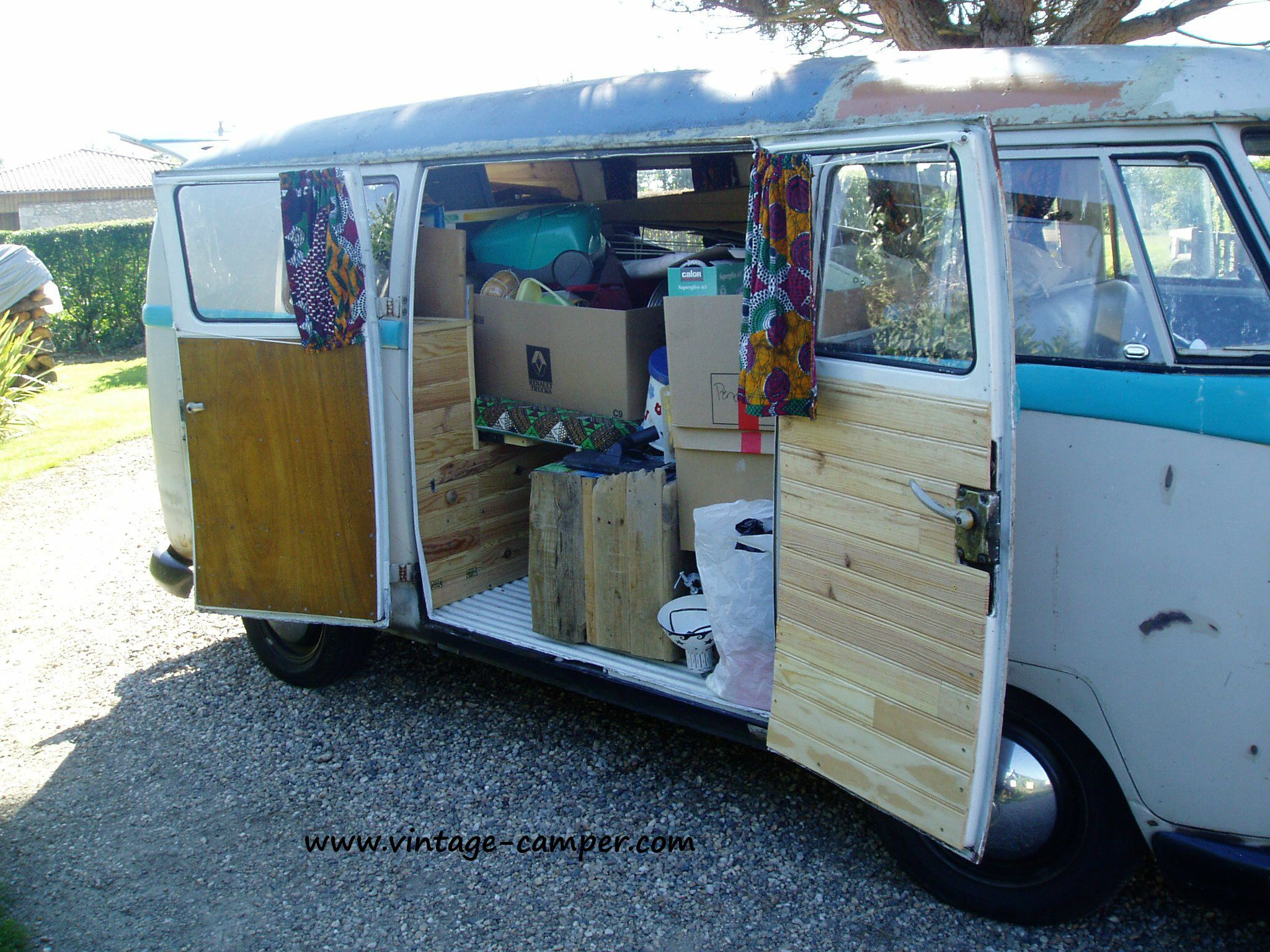 historique granpa surfer vintage camper. Black Bedroom Furniture Sets. Home Design Ideas