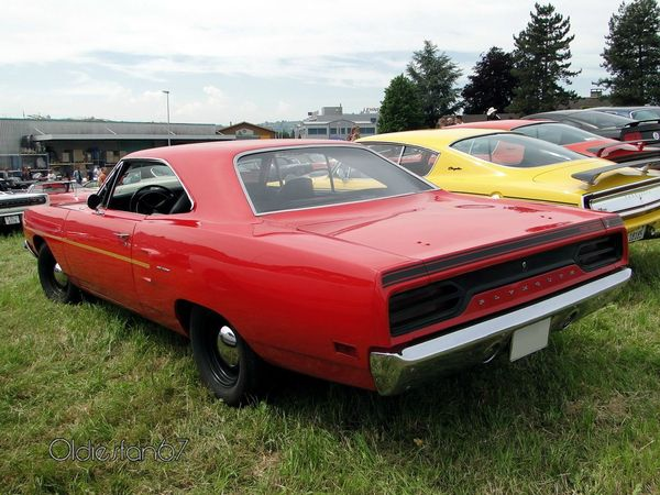 plymouth road runner hardtop coupe 1970 b