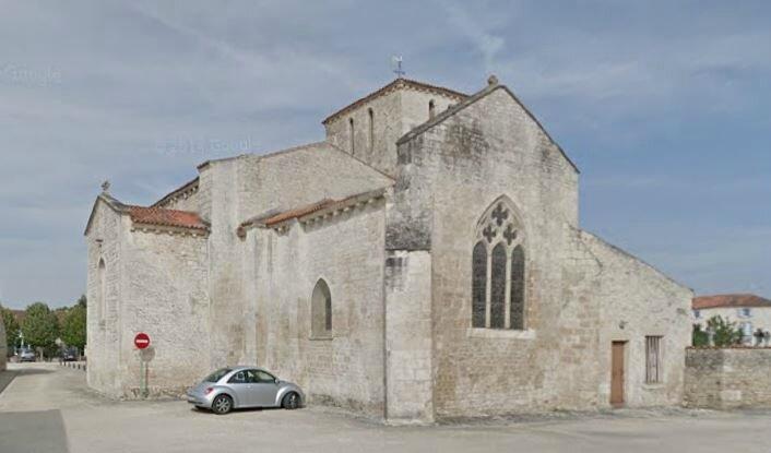 Fontaines église 3