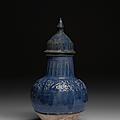 Vase couvert bleu, iran, 12-13e siècle