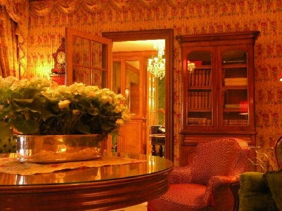 Interior+dEsign-+Glamorous HOTEL PARIS Duc de St Simon (10)