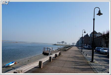 La_promenade_c_t__port