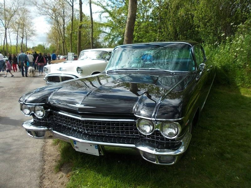 CadillacDevilleSedan6windows1960av