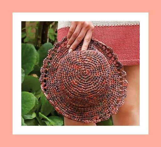 Pour se protéger du soleil : un petit chapeau au crochet!