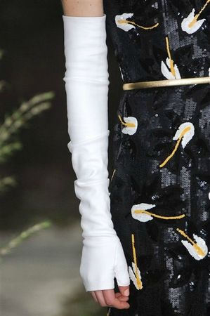 514630_photo-46-details-du-defile-chanel-haute-couture-printemps-ete-2013