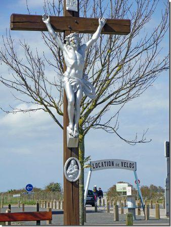 Hourdel crucifix velos