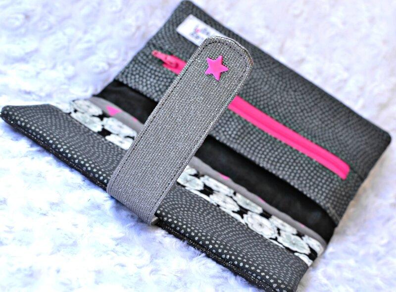 Portefeuille femme carbonne pailleté, liberty noir, coton fushia