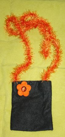 pochette_noir_orange