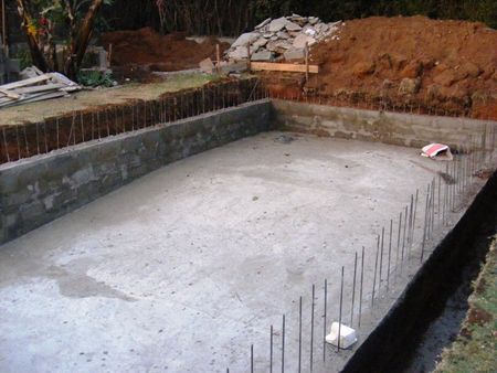 Chantier piscine 1 brise de terre for Piscine 20eme