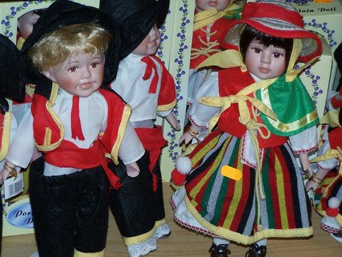 Clin d'oeil-costumes traditionnels
