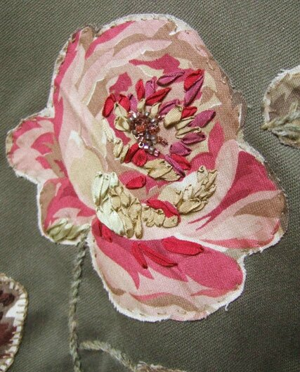 detail-veste-fleur