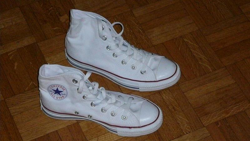 converse blanche vide dressing
