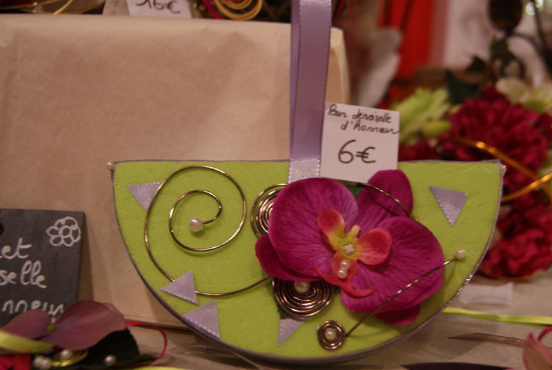 Boutonniere et bouquet demoiselle d 39 honneur album photos for Fleuriste a domicile