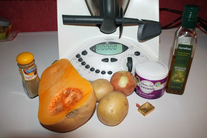 Velout de courge butternut au thermomix chatcuisine - Soupe butternut thermomix ...