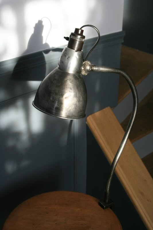 Petite lampe flexible d'atelier (7)