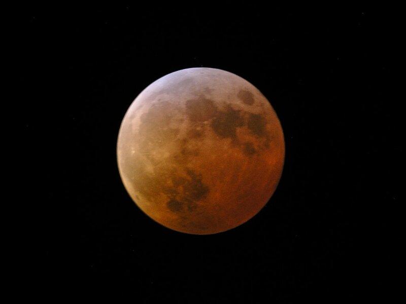 1024px-Eclipse070304