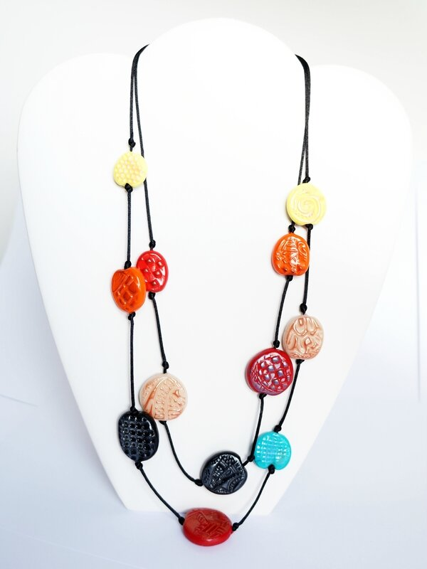 collier-2-rangs-multicolores-perles-faitmain