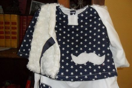 tenue etoile et moustaches (3)