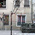 salon urbain (canapé Nosbé, vélo)_2910