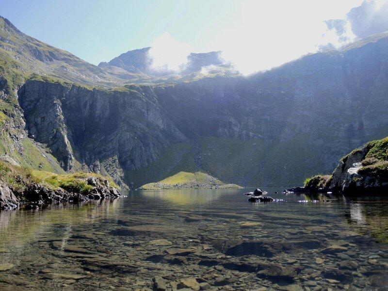 Lac d'Isabe, vue de l'Est