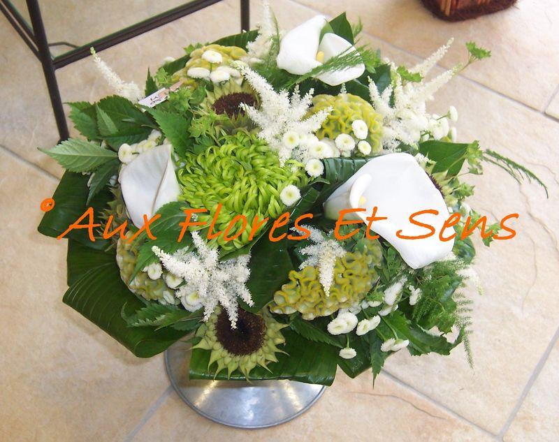 Bouquet rond avec Arums et Cocos