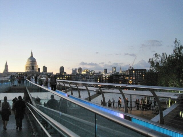 Millenium Bridge ©Kid Friendly
