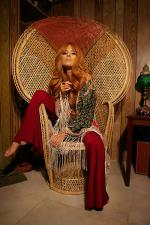 Wicker_sitting_inspiration-model-021-1