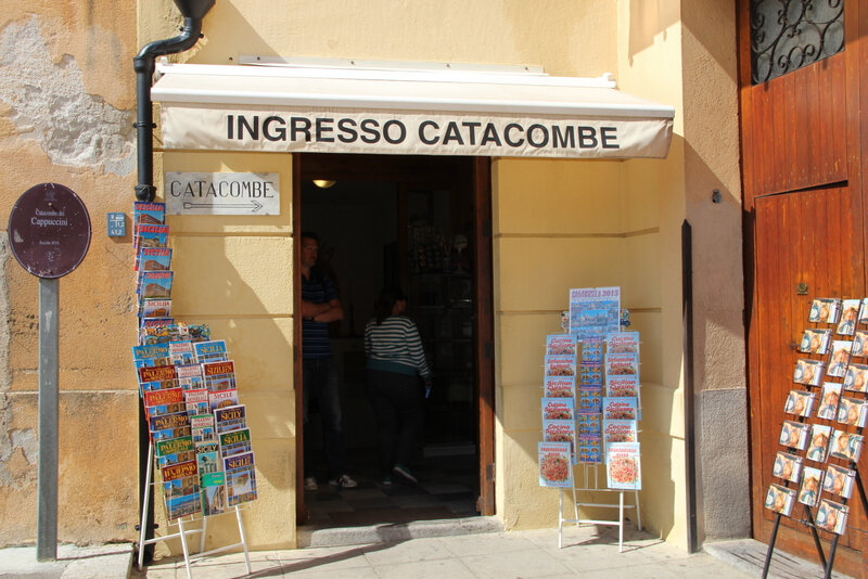 entree-catacombes-mylittleroad1