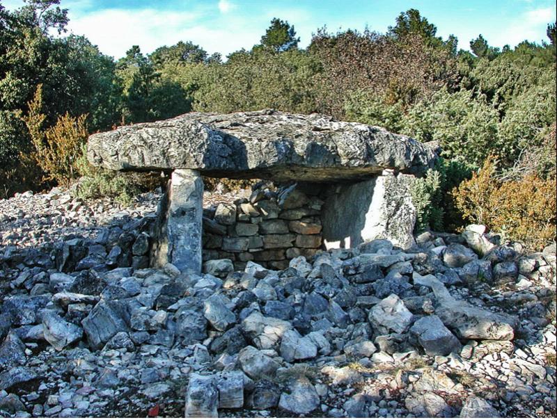 Dolmen de Marenq-Ampus