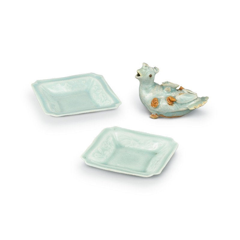 A pair of qingbai moulded square dishes and 'bird' waterdropper Song - Yuan dynasty