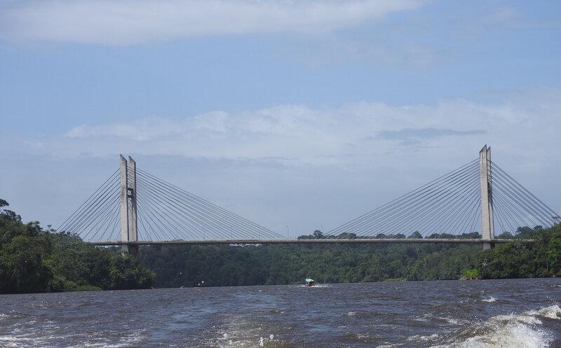 Pont Fleuve Oyapock