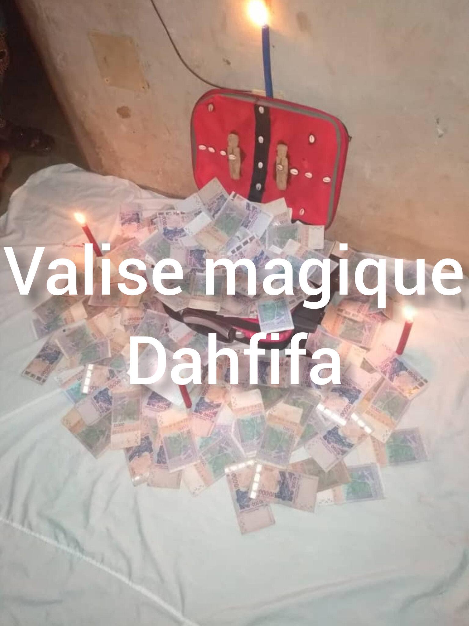 LE PORTE FEUILLE MAGIQUE