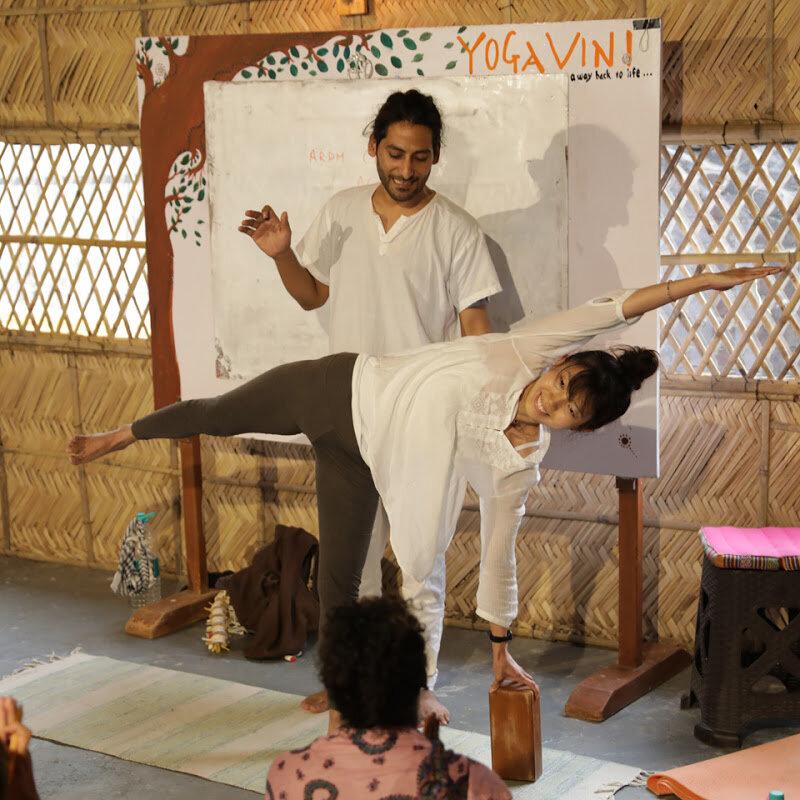 10-yoga-vini-teacher-training-rishikesh