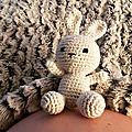 Et un petit lapin en crochet, un!