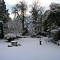 Jardin normand sous la neige