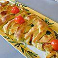 Tresse feuilletée au pesto, tomates cerise et mozzarella