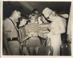1957-01-03-NY_arrival_from_jamaica-idlewild_airport-013-2