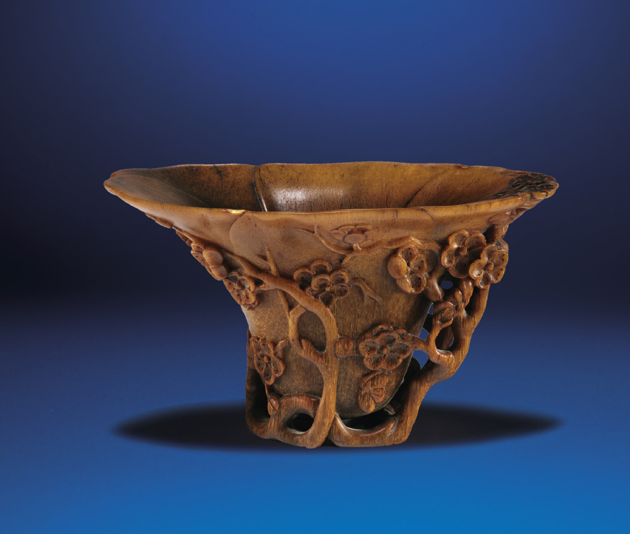 2012_HGK_02963_2178_000(a_carved_rhinoceros_horn_prunus_libation_cup_qing_dynasty_18th_century)