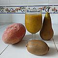 Smoothie de mangue à la poire et au kiwi