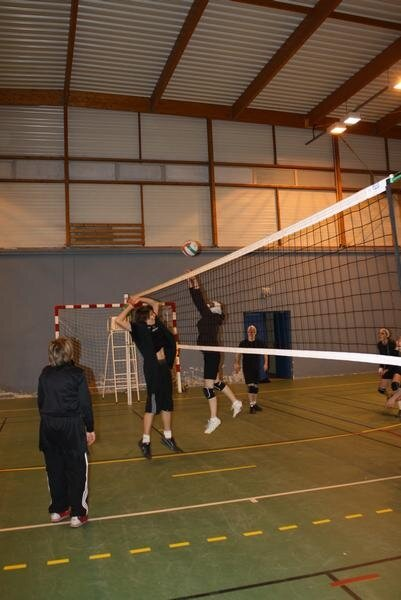2010-12-16_volley_deguise_33
