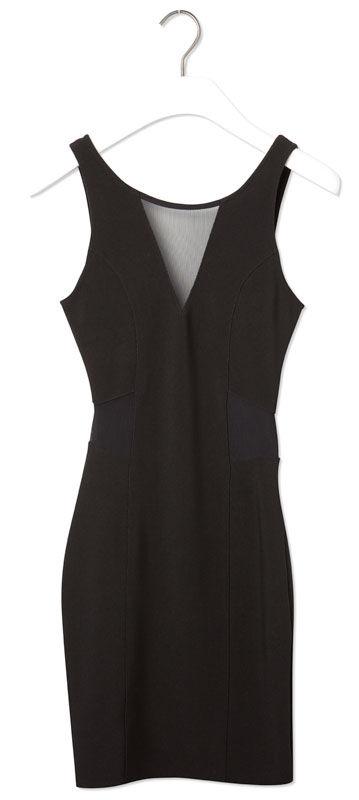 87f7f0d4a Robe dentelle Pull & Bear, 25,99 € - Photo de La petite robe noire ...