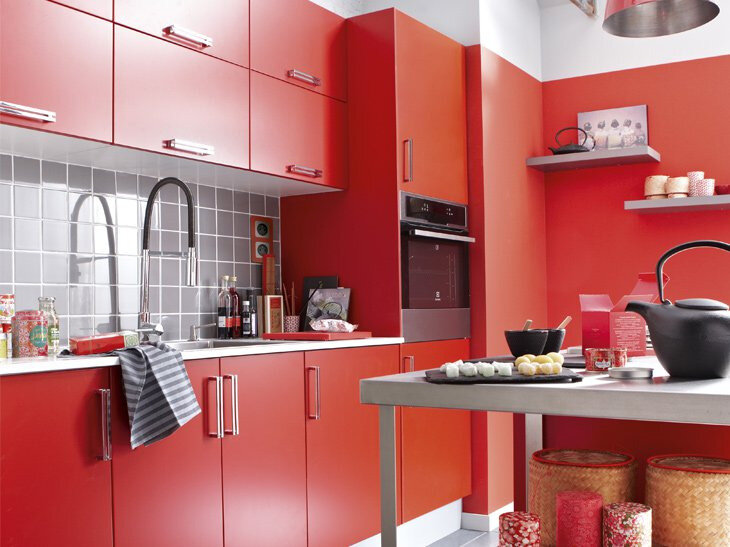 cuisine-rouge-ambiance-contemporaine-leroy-merlin