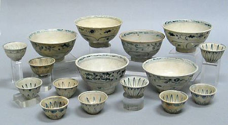 A group of six blue and white bowls and ten small cups. Late 15th/Early 16th Century.