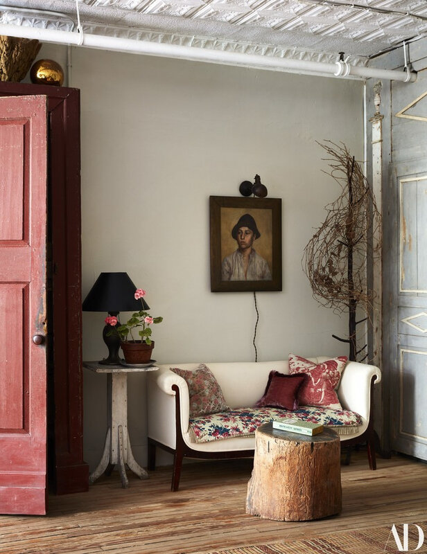 Vintage Eclectic Manhattan home of John Derian photos by Stephen Kent Johnson (4)